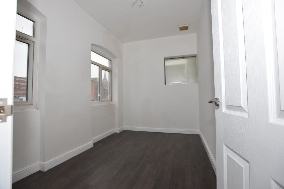Flat 1, 87 Old Snow Hill